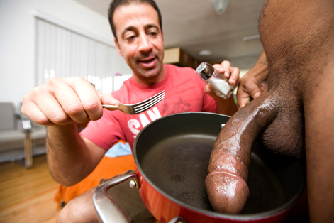 Gay Big Dick : Hung Solo!