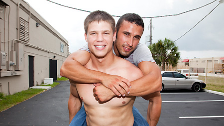 Gay For Pay! outinpublic out in public places gay sex videos