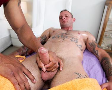 Mu Tai Massage rub him