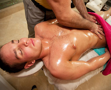 male happy ending massage Bundaberg