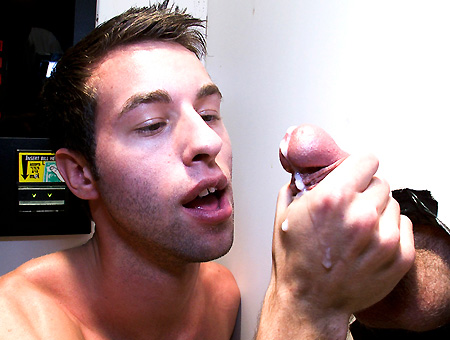 Horny For The Ungloryhole!